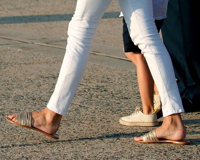 Melania trump feet