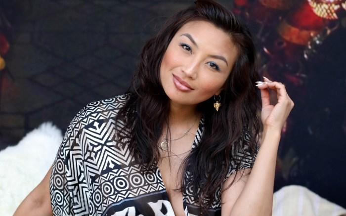 Jeannie Mai the real talk show