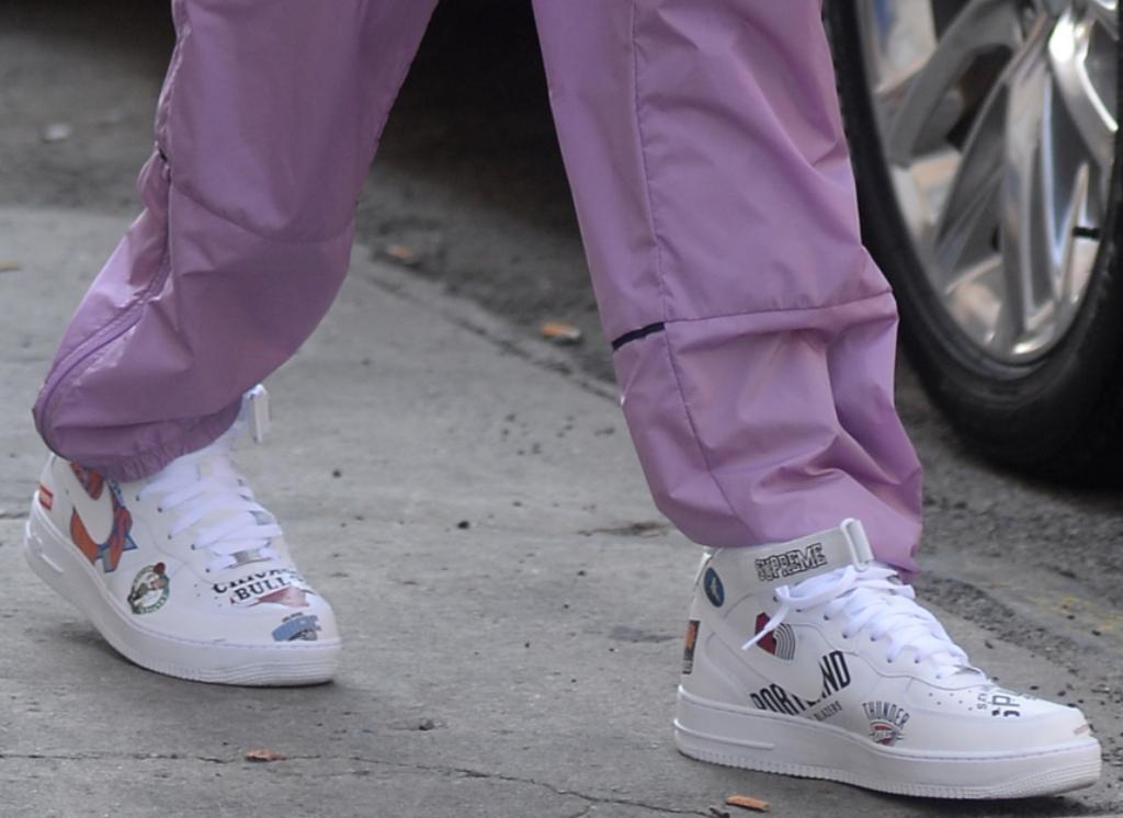 Supreme x NBA x Air Force 1 Mid 07 white, pete davidson shoes