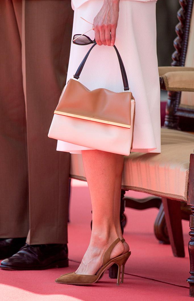 queen letizia, tan shoes, madrid