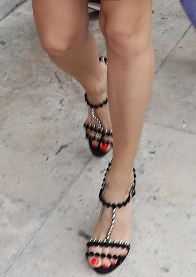 adriana lima sandals, haute couture fashion week