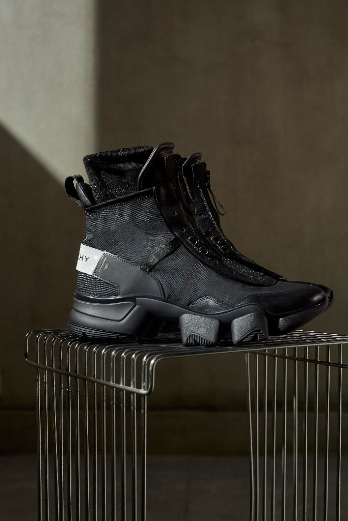 givenchy jaw sneaker fall 2018 clare waight keller