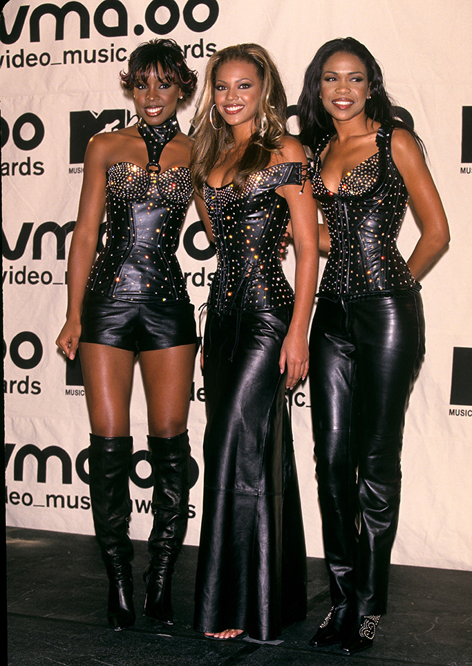 Destiny's Child Pictured at the 2000 Mtv Video Music Awards at Radio City Music Hall in New York City On September 6 2001 Destiny's Child at the 2000 Mtv Video Music Awards in Nyc