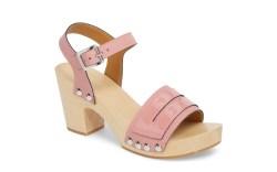 7 Best Women's Clog Sandals Trending