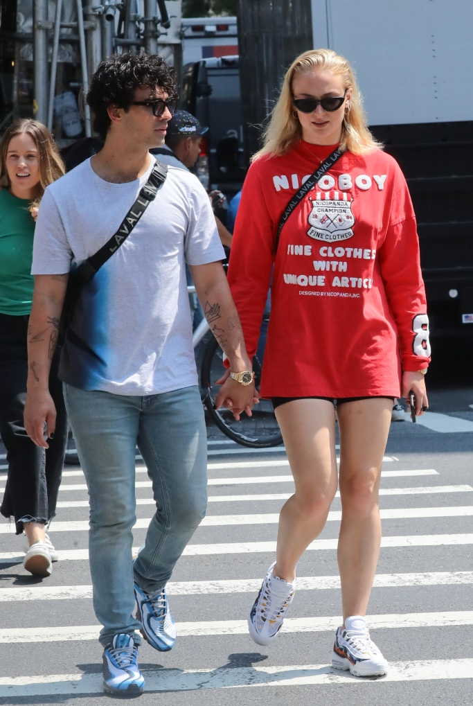 Joe jonas, sophie turner, nike, joe jonas birthday, Nike Air Max 95 ERDL Party Camo