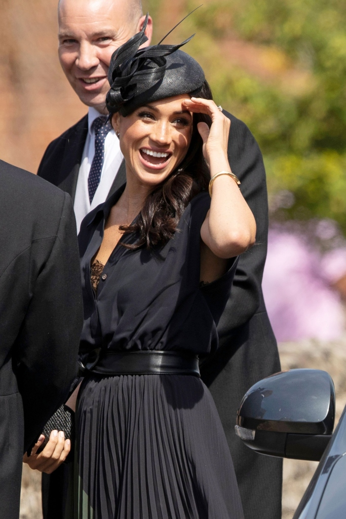 meghan markle, meghan markle bra, wedding style, club monaco