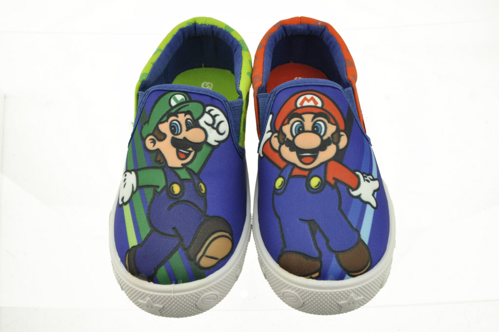 nintendo-sneakers