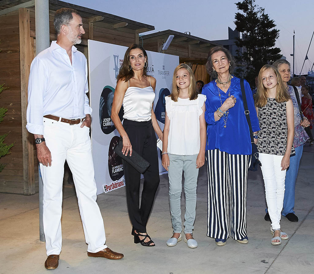 Spanish royals arrive at the Ara Malikian concert at Port Adriano in Mallorca, Spain.Pictured: King Felipe of Spain,Queen Letizia of Spain,Infanta Sof?a of Spain,Queen Sofia,Princess Leonor of Asturias Ref: SPL5013905 010818 NON-EXCLUSIVE Picture by: SplashNews.com Splash News and Pictures Los Angeles: 310-821-2666 New York: 212-619-2666 London: 0207 644 7656 Milan: +39 02 4399 8577 Sydney: +61 02 9240 7700 photodesk@splashnews.com Canada Rights, United States of America Rights