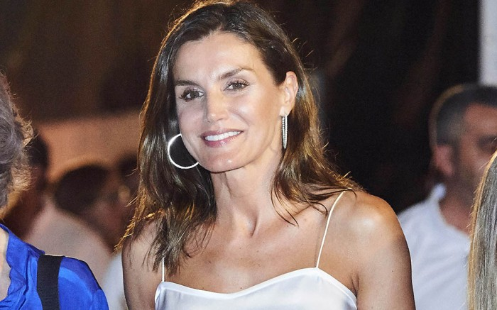 Spanish royals arrive at the Ara Malikian concert at Port Adriano in Mallorca, Spain.Pictured: Queen Spfia,Queen Letizia of Spain,Infanta Sofia of SpainRef: SPL5013905 010818 NON-EXCLUSIVEPicture by: SplashNews.comSplash News and PicturesLos Angeles: 310-821-2666New York: 212-619-2666London: 0207 644 7656Milan: +39 02 4399 8577Sydney: +61 02 9240 7700photodesk@splashnews.comCanada Rights, United States of America Rights