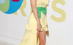 Most Beautiful Looks From the VMAs Through the Years