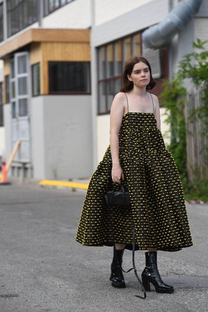 reese blutstein influencer street style copenhagen fashion week combat boot trend fall 2018