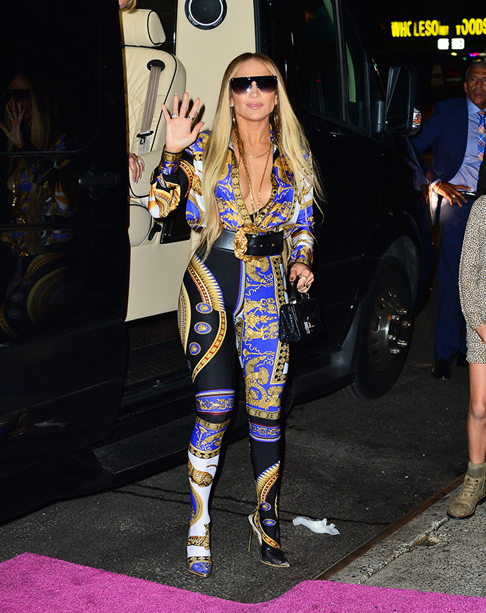 Jennifer Lopez looks striking in a Versace jumpsuit as she steps out with hubby Alex Rodriguez for the VMA after party at Beauty & Essex in New York, NY.Pictured: Jennifer Lopez,Alex RodriguezRef: SPL5017497 210818 NON-EXCLUSIVEPicture by: PapCulture / SplashNews.comSplash News and PicturesLos Angeles: 310-821-2666New York: 212-619-2666London: 0207 644 7656Milan: +39 02 4399 8577Sydney: +61 02 9240 7700photodesk@splashnews.comWorld Rights