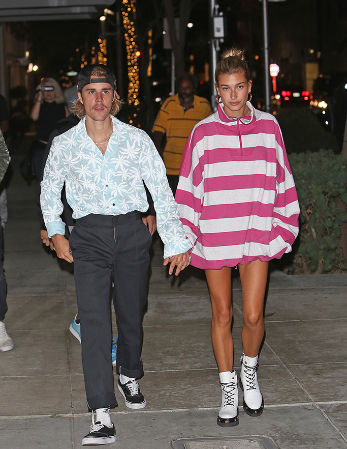 Hailey Baldwin and Justin Bieber are seen after Church service going on a dinner date to mastros in Bevelry HillsPictured: Justin Bieber,Hailey BaldwinRef: SPL5019317 290818 NON-EXCLUSIVEPicture by: SplashNews.comSplash News and PicturesLos Angeles: 310-821-2666New York: 212-619-2666London: 0207 644 7656Milan: +39 02 4399 8577Sydney: +61 02 9240 7700photodesk@splashnews.comWorld Rights
