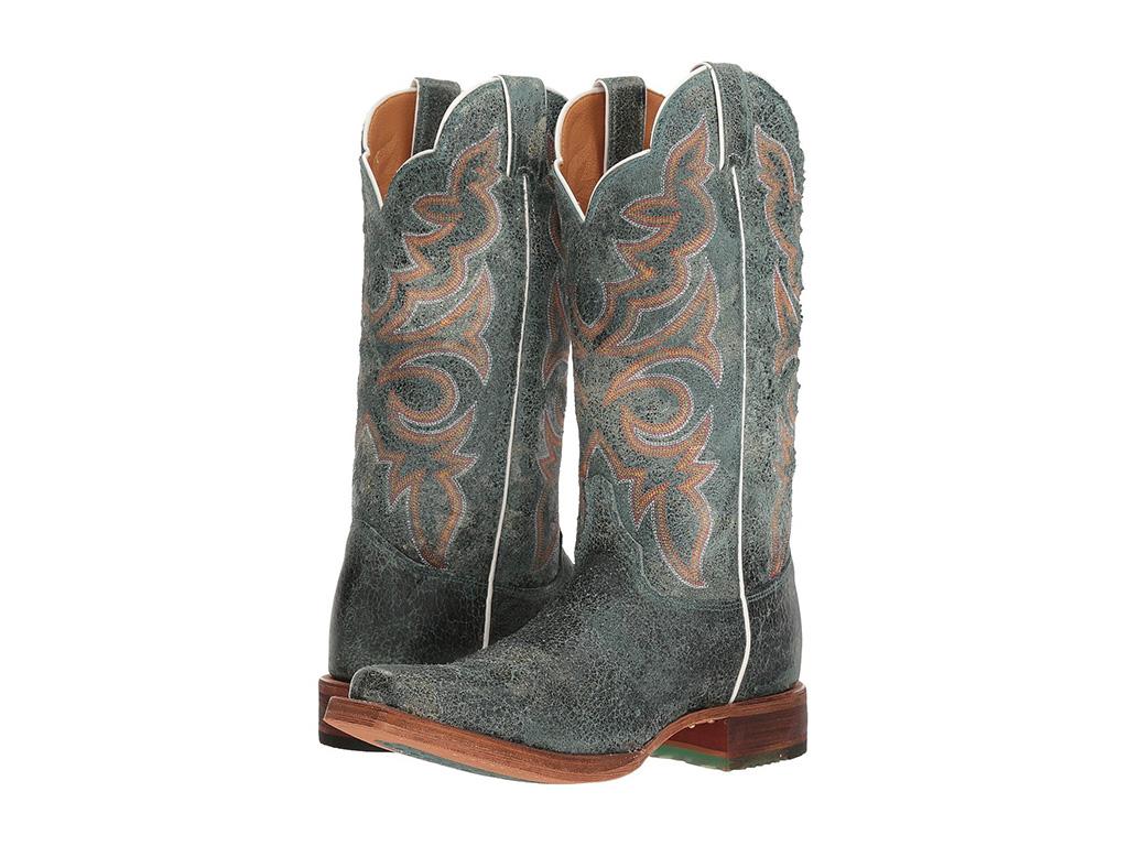 5 Best Cowboy Boots for Wide Calves