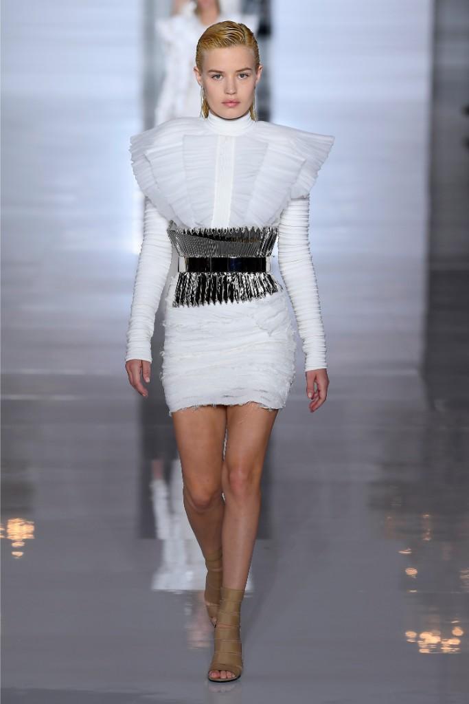 Georgia May Jagger, Balmain, spring 2019, runway, minidress, clear sandals