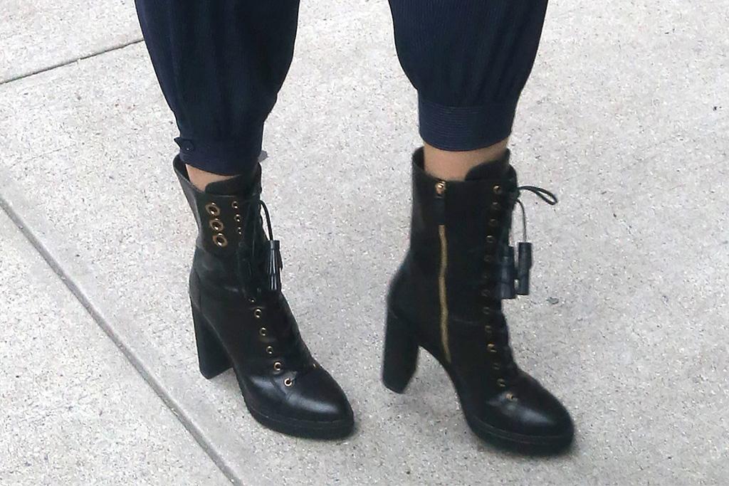 blake lively, black boots