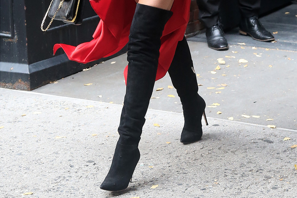 chrissy teigen, suede boots, over-the-knee boots