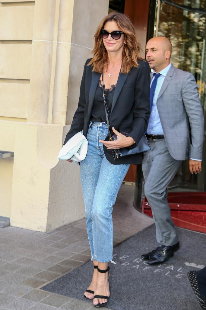 cindy crawford, paris fashion week