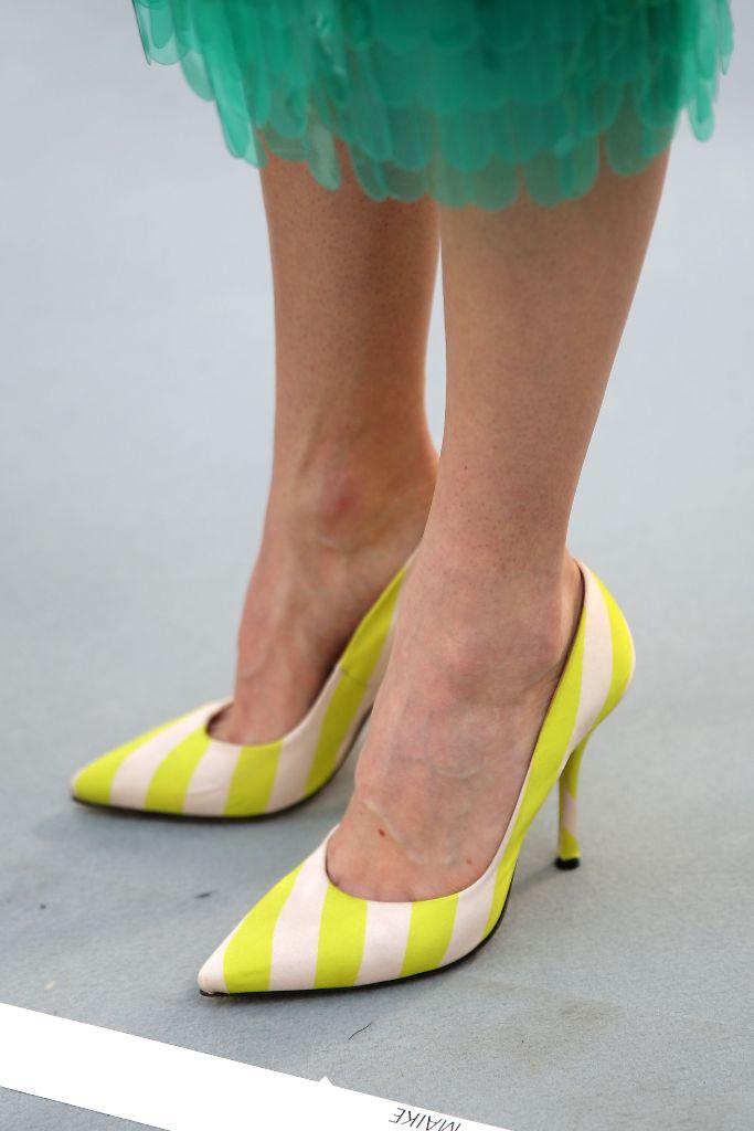 dries van noten spring 2019 yellow color trend shoes