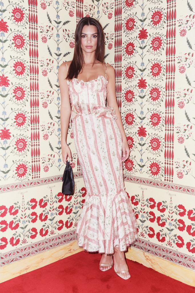 Emily Ratajkowski , CFDA Vogue Party, Paris Fashion Week, floral dress, wallpaper