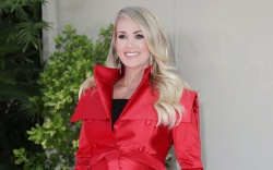 Carrie Underwood Carrie Underwood honored with
