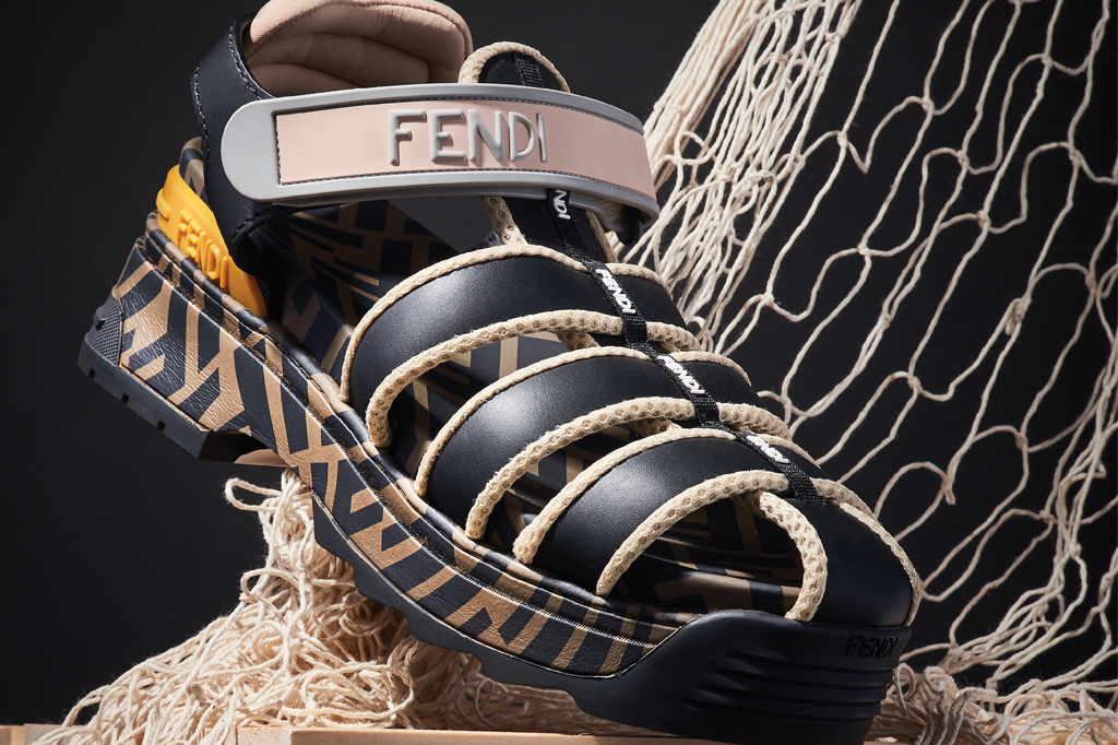 fendi t rex sandals