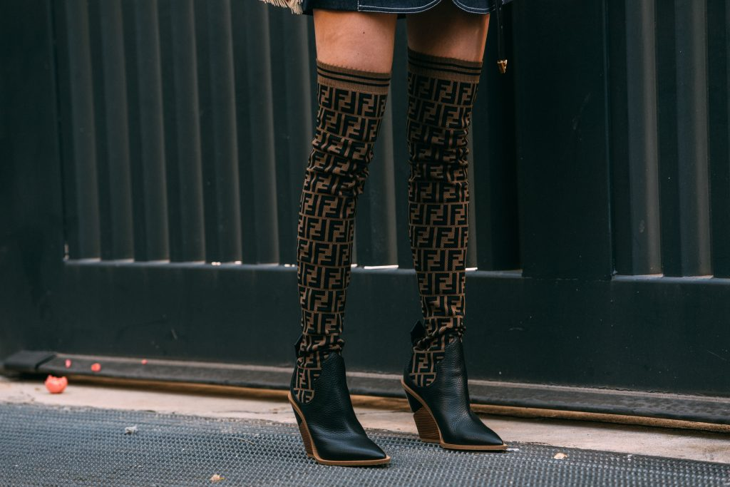 Fendi logo boots, milan fashion week, street style