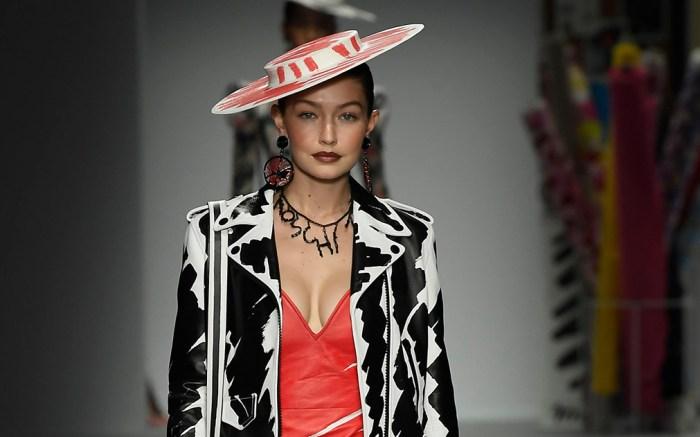Gigi Hadid on the catwalkMoschino show, Runway, Spring Summer 2019, Milan Fashion Week, Italy - 20 Sep 2018