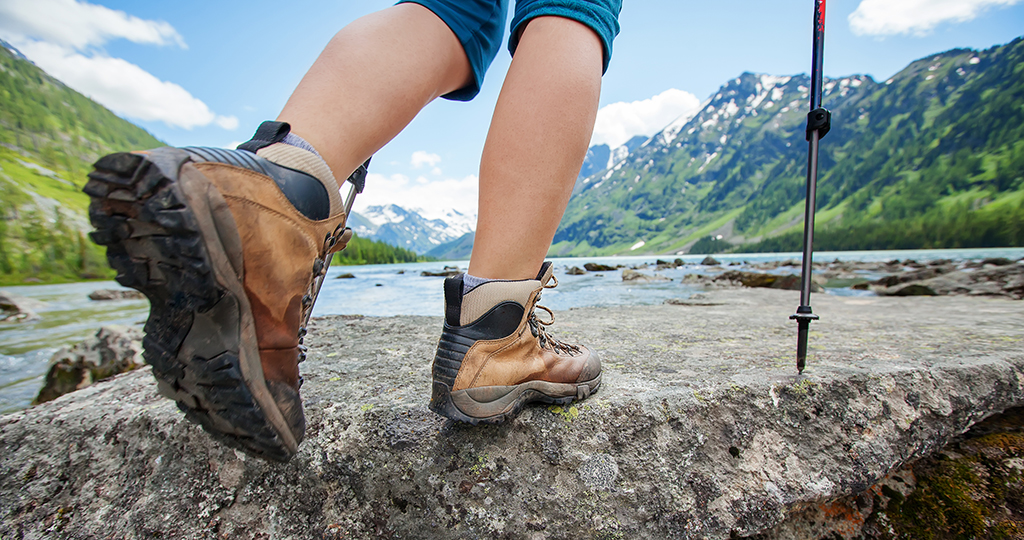 Hiking is one of many activities that require different insoles, adjusted to hiking boots.