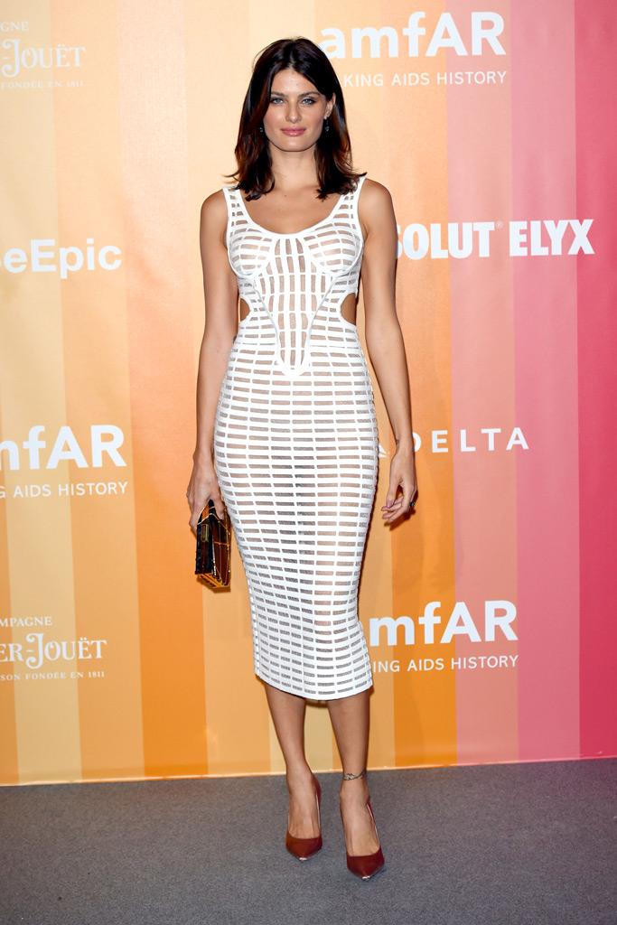 Isabeli Fontana, amfar gala, milan fashion week, naked dress