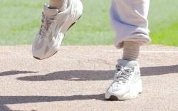Kanye West, Yeezy 700s, baseball, chicago