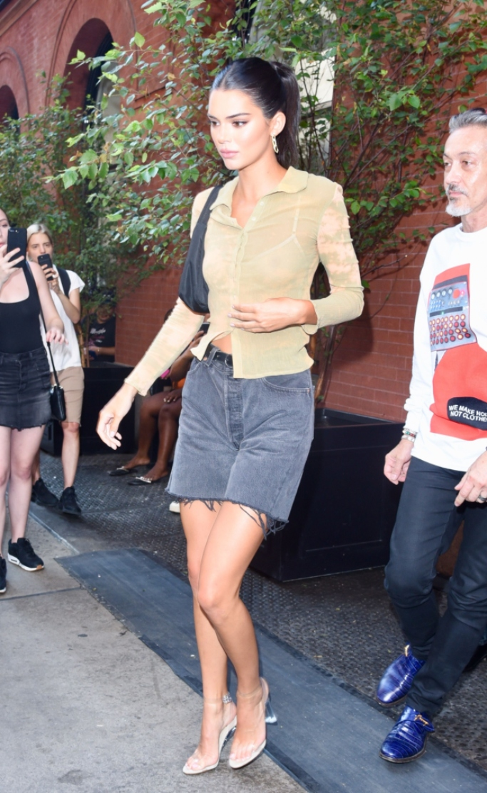 kendall jenner, clear pvc sandals, new york fashion week