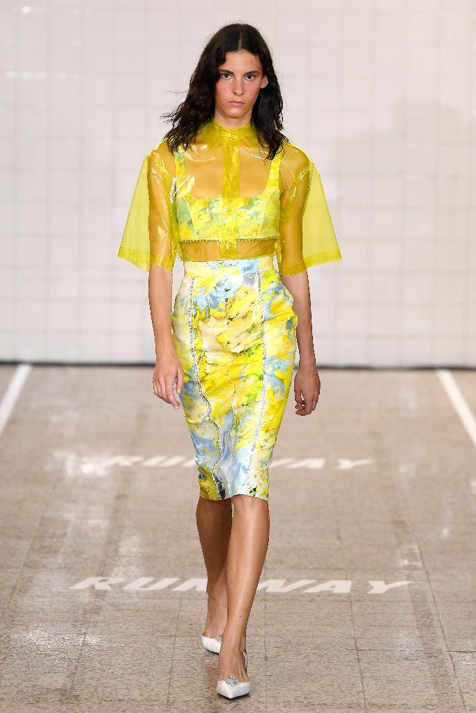 brognano spring 2019 neon trend milan fashion week