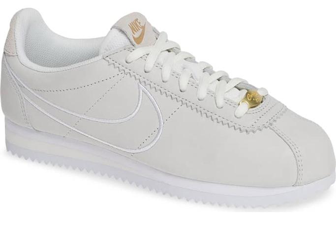 Nike Classic Cortez in White/Phantom/White/Gold