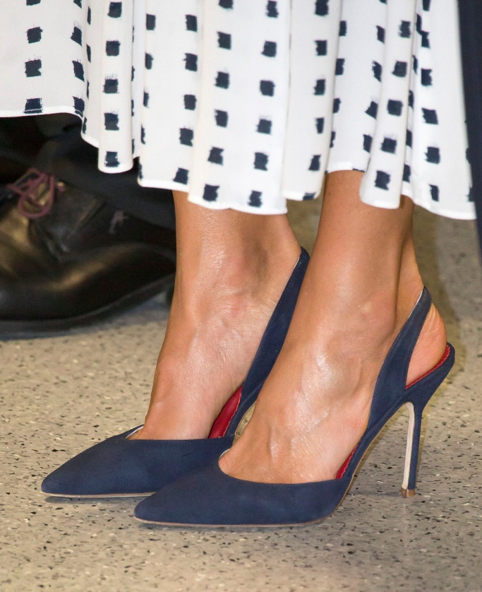 Queen Letizia shoes