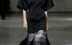 Christopher Kane Spring 2019 Collection at London Fashion Week