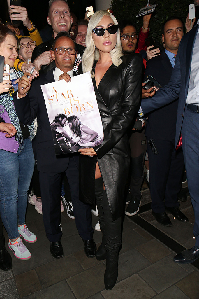 Lady Gaga Lady Gaga out and about, London, UK - 26 Sep 2018Lady Gaga leaving her hotel WEARING GARETH PUGH SAME OUTFIT AS CATWALK MODEL *9419516s