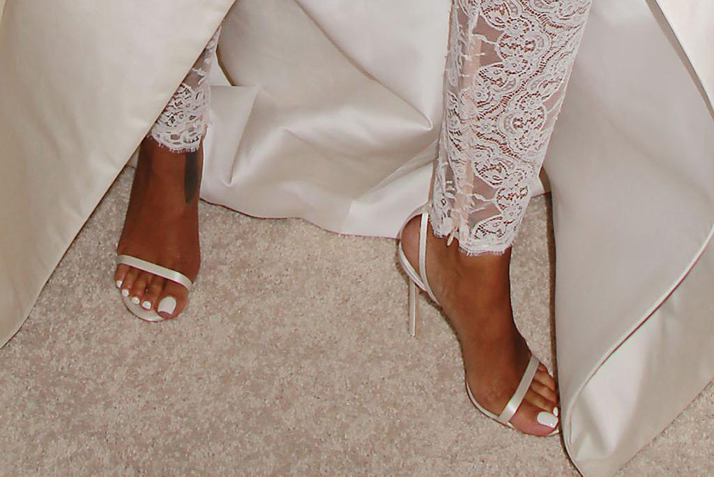 Rihanna, red carpet, diamond ball, lace catsuit