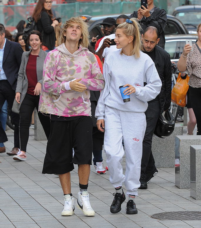 Justin Bieber and Hailey Baldwin seen at the london eyePictured: Justin Bieber and Hailey BaldwinRef: SPL5025432 180918 NON-EXCLUSIVEPicture by: PALACE LEE / SplashNews.comSplash News and PicturesLos Angeles: 310-821-2666New York: 212-619-2666London: 0207 644 7656Milan: +39 02 4399 8577Sydney: +61 02 9240 7700photodesk@splashnews.comWorld Rights