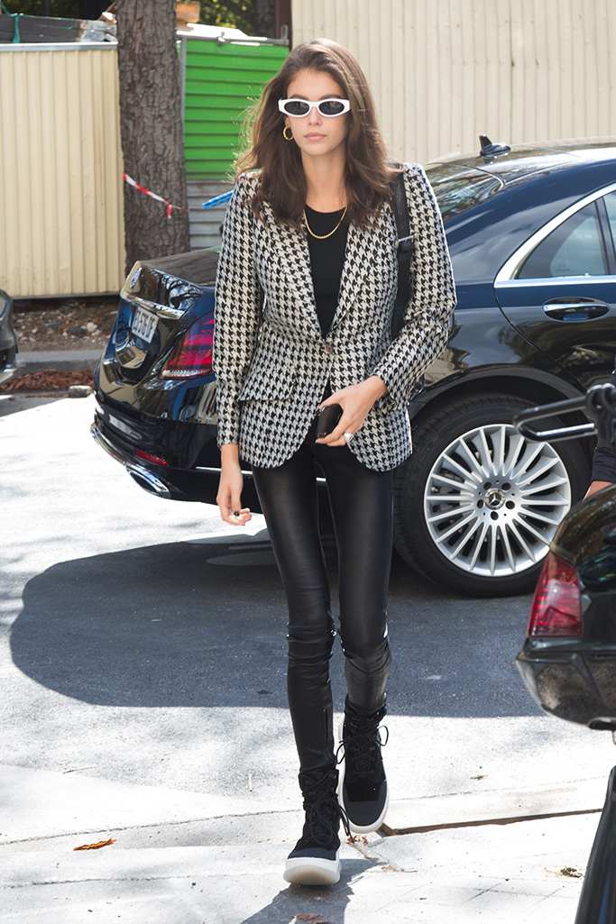 Model Kaia Gerber is seen leaving the Chloe Office during Paris Fashion Week Womenswear Spring Summer 2019 held in Paris, France.The model is seen looking chic in a checkered blazer and black tights.Pictured: Kaia GerberRef: SPL5027021 240918 NON-EXCLUSIVEPicture by: SplashNews.comSplash News and PicturesLos Angeles: 310-821-2666New York: 212-619-2666London: 0207 644 7656Milan: +39 02 4399 8577Sydney: +61 02 9240 7700photodesk@splashnews.comAustralia Rights, New Zealand Rights, United Kingdom Rights, United States of America Rights