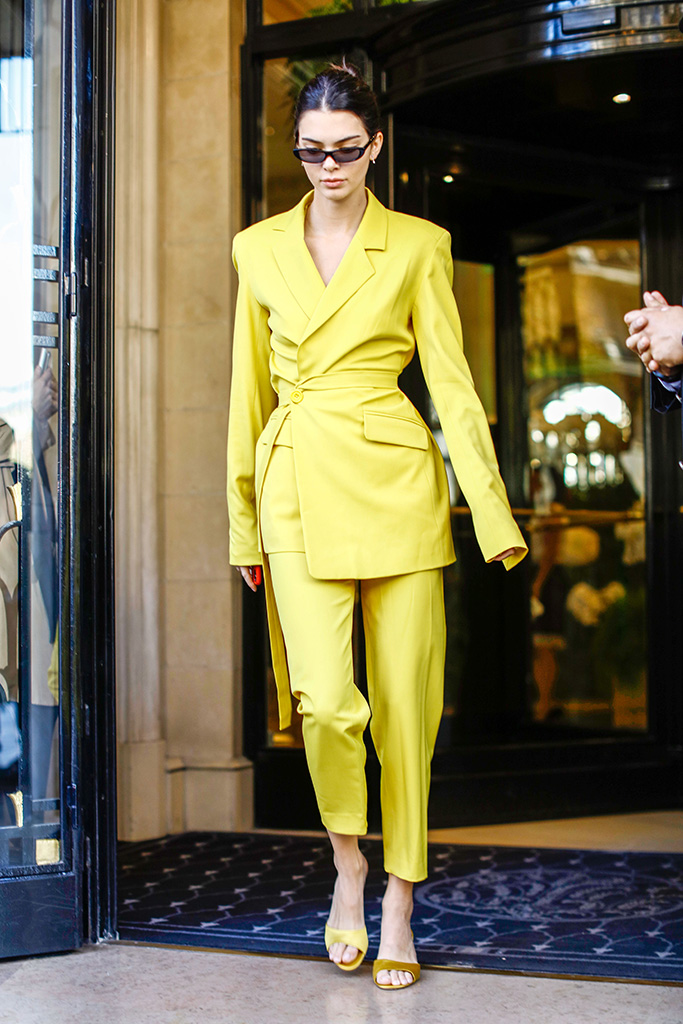 Kendall Jenner is seen on September 26, 2018 in Paris, France.Pictured: Kendall JennerRef: SPL5027755 260918 NON-EXCLUSIVEPicture by: SplashNews.comSplash News and PicturesLos Angeles: 310-821-2666New York: 212-619-2666London: 0207 644 7656Milan: +39 02 4399 8577Sydney: +61 02 9240 7700photodesk@splashnews.comWorld Rights, No Argentina Rights, No Belgium Rights, No Czechia Rights, No Finland Rights, No France Rights, No Germany Rights, No Italy Rights, No Mexico Rights, No Norway Rights, No Peru Rights, No Portugal Rights, No Spain Rights, No Sweden Rights, No Switzerland Rights, No United Kingdom Rights