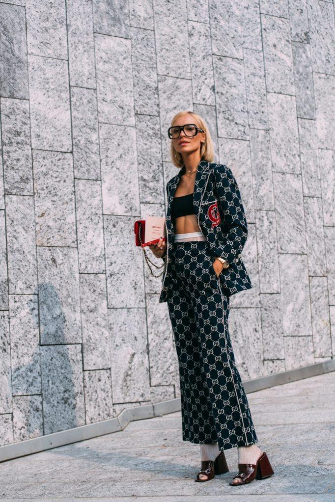 Viktoria Rader, Gucci, logomania, mfw, street style