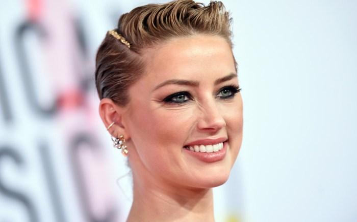 Amber Heard, red carpet, American Music Awards