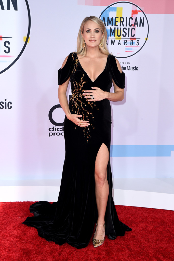 Carrie Underwood, red carpet, amas, american music awards 2018, pregnant