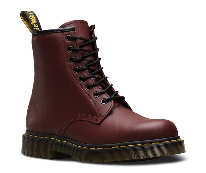 Unisex 1460 Slip Resistant tall boot
