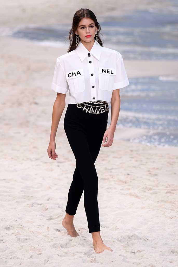 Kaia Gerber at Chanel spring '19.