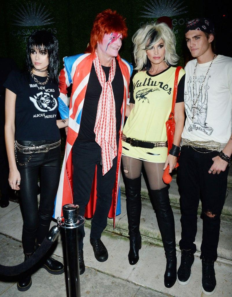 Kaia Gerber, Rande Gerber, Cindy Crawford and Presley Gerber, Halloween, casamigos party