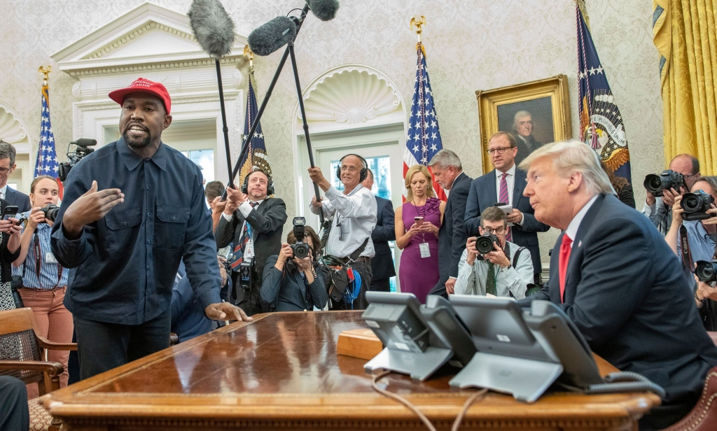 kanye west meeting president donald trump, white house oval office