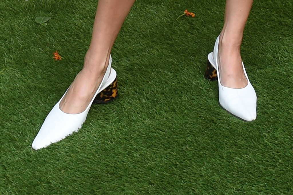 kendall jenner, feet, veuve clicquot polo classic, shoes, ellery