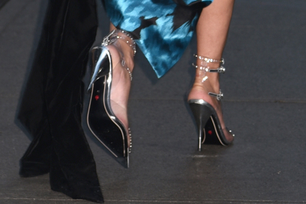 lady gaga, clear heels